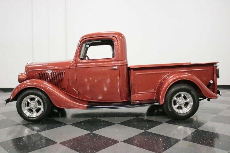 vintage 1935 Ford Pickup