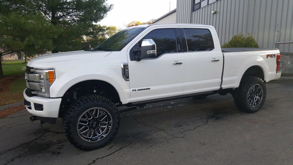 every option available 2017 Ford F 350 Platinum pickup
