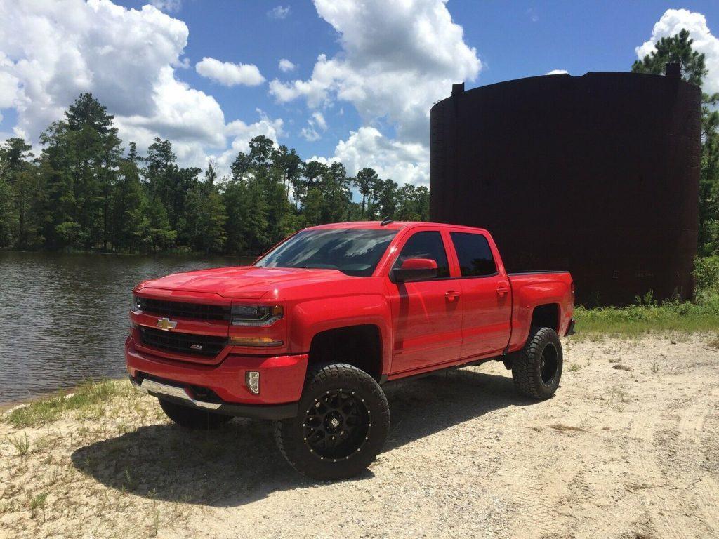 loaded 2017 Chevrolet Silverado 1500 K1500 LT pickup