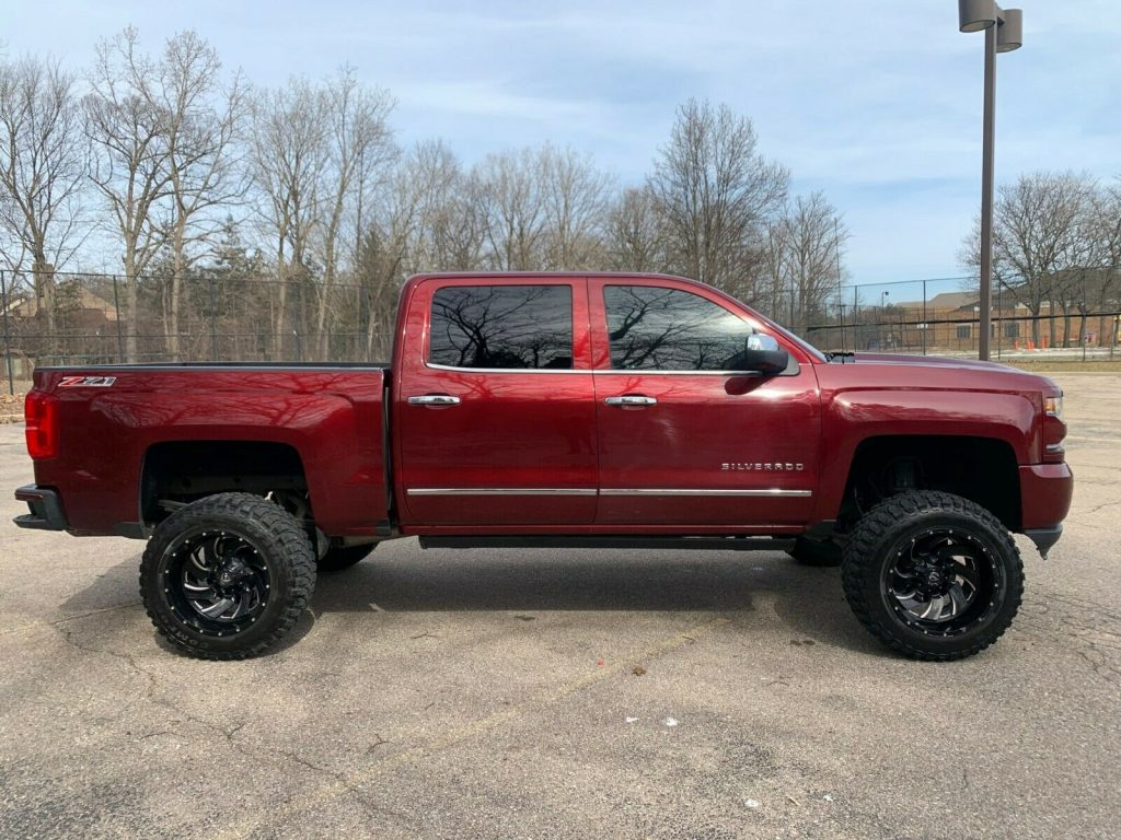 loaded with goodies 2016 Chevrolet Silverado 1500 LTZ pickup